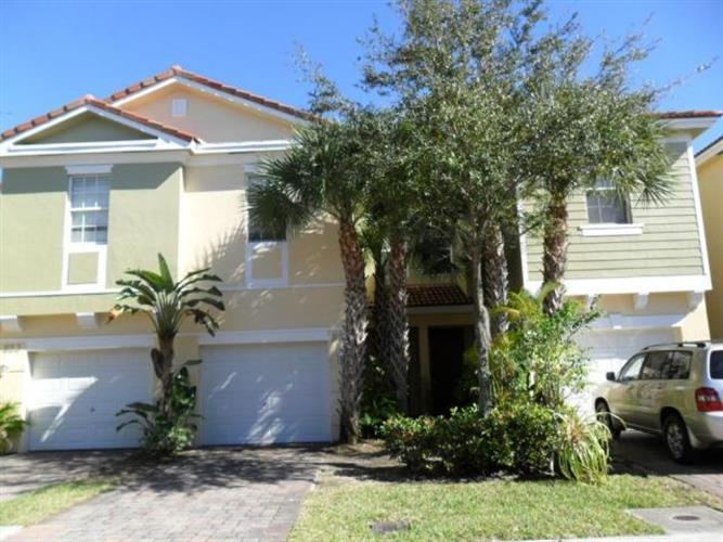 821 Pipers Cay Drive, West Palm Beach, FL 33415 - Image 1