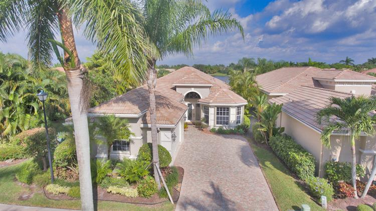 10849 Northgreen Drive, Wellington, FL 33449 - Image 1