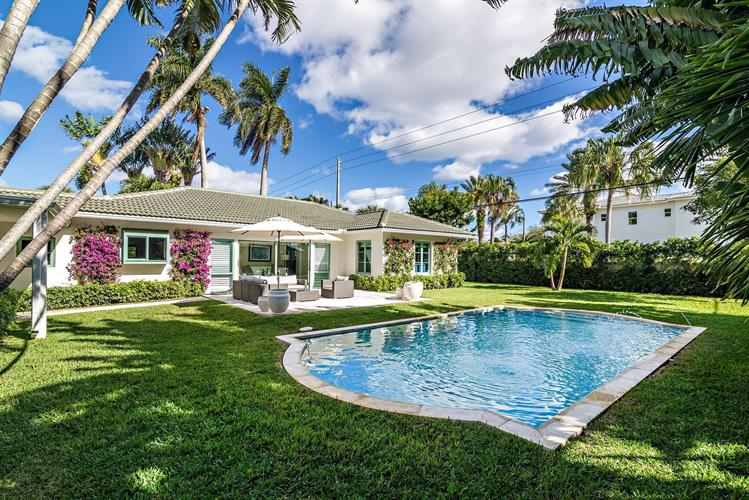 300 Murray Road, West Palm Beach, FL 33405 - Image 1