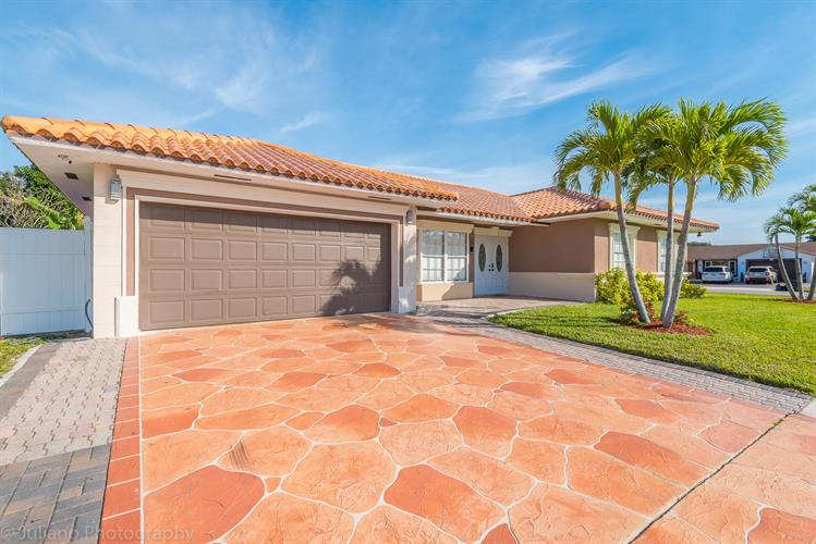 2619 W Carandis Road, West Palm Beach, FL 33406 - Image 1
