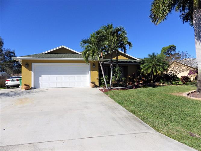 1914 SW Cycle Street, Port Saint Lucie, FL 34953 - Image 1