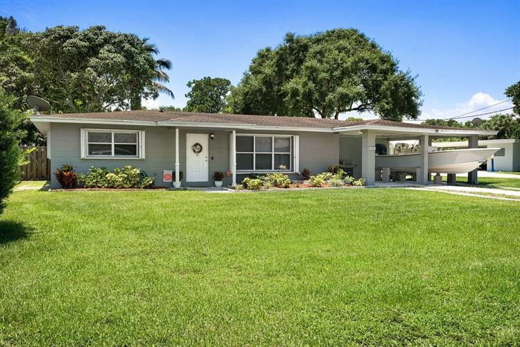 1003 Trinidad Avenue, Fort Pierce, FL 34982 - Image 1