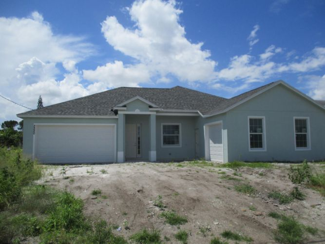 2220 SE Tiffany Avenue, Port Saint Lucie, FL 34952 - Image 1