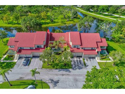 19 Lexington W Lane Palm Beach Gardens, FL MLS# RX-10496846
