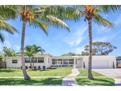 25 Auburn Drive Lake Worth, FL MLS# RX-10643657