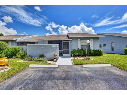 4200 Lucerne Villas Lane Lake Worth, FL MLS# RX-10654154