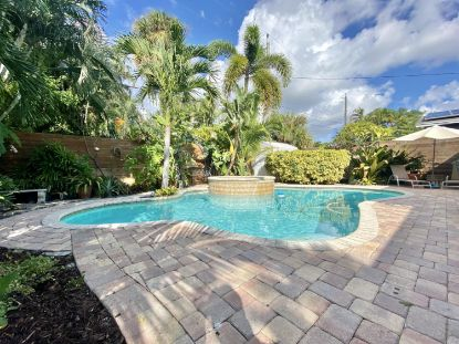 1321 N Palmway  Lake Worth, FL MLS# RX-10663562