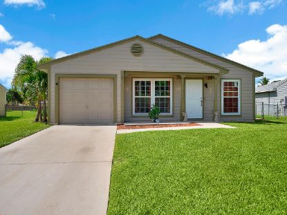 5376 Courtney Circle Boynton Beach, FL MLS# RX-10685908