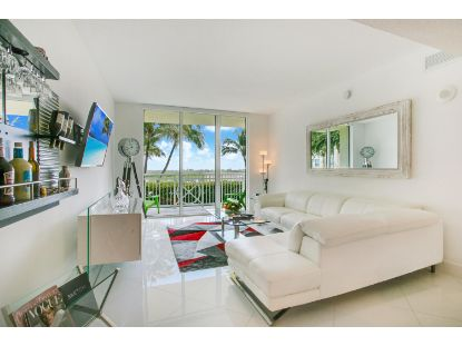 450 N Federal Highway E Boynton Beach, FL MLS# RX-10697039
