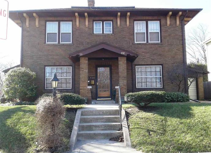 721 Riverside Drive, South Bend, IN 46601