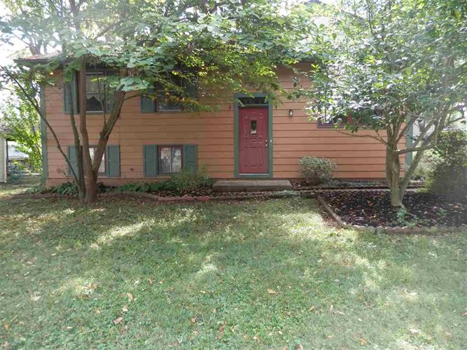3611 W Parkview Drive, Bloomington, IN 47404