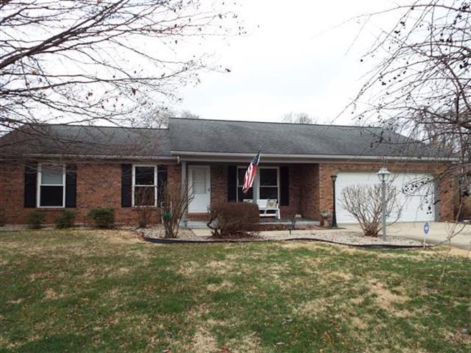 416 Ivy Lane, Owensville, IN 47665