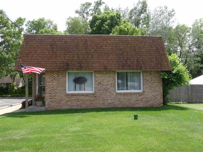 11868 Lincolnway, Osceola, IN 46561