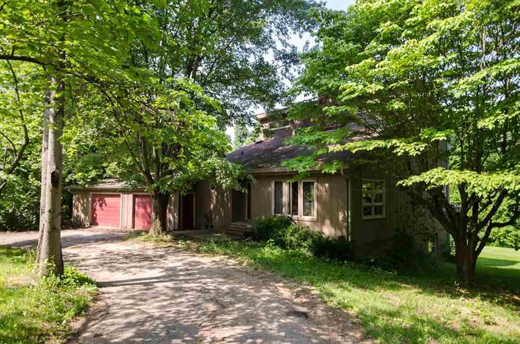 3599 W Cockrell Road, Bloomington, IN 47403
