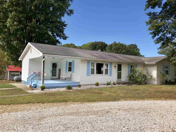 6372 S County Rd 300 E, Winslow, IN 47598 - Image 1