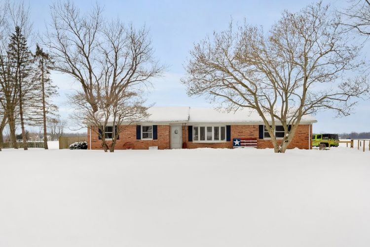 10929 E 400 SOUTH, Greentown, IN 46936 - Image 1
