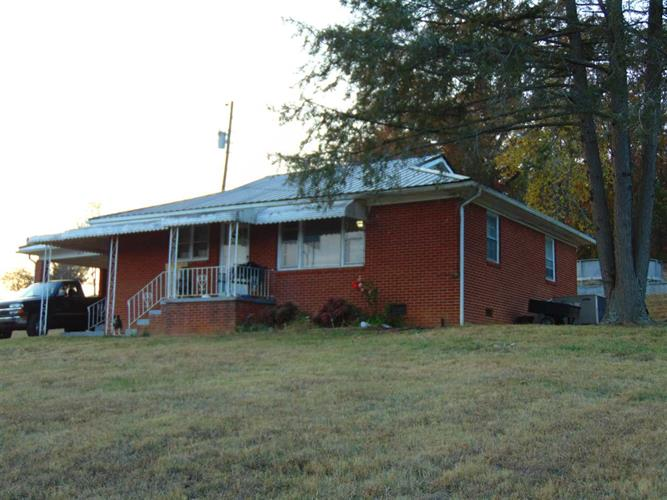 4635 Old Lowland Rd, Morristown, TN 37814