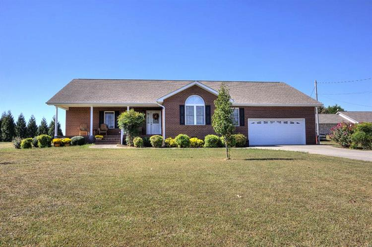 186 Florence Circle, Dandridge, TN 37725