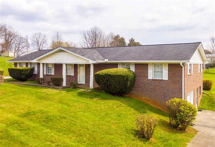 3205 Camilla Avenue, Morristown, TN 37814