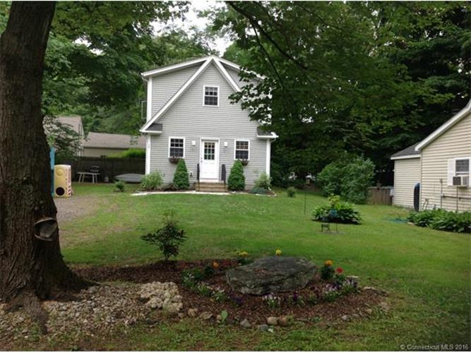 35 Spring Trl, Coventry, CT 06238