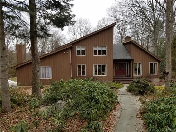 124 Beech Mountain Rd, Mansfield, CT 06250
