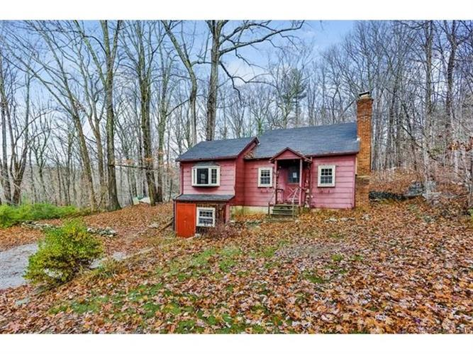 111 Green Hill Rd, Killingworth, CT 06419
