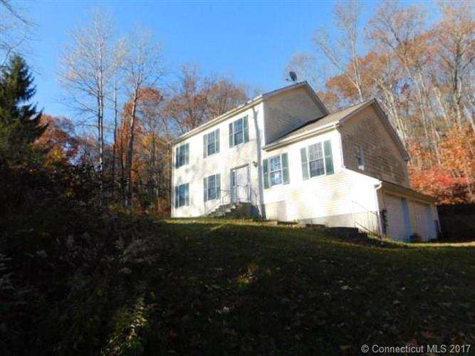5 Yeomans Rd, Columbia, CT 06237