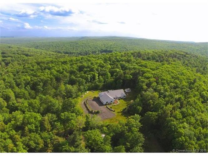 175 Prock Hill Rd, Colebrook, CT 06021