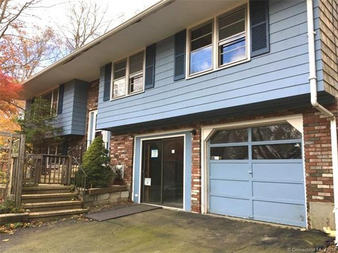 123 Deepwood Dr, Madison, CT 06443