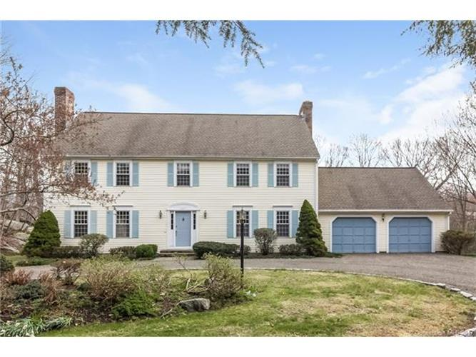 85 Sage Hollow Rd, Guilford, CT 06437
