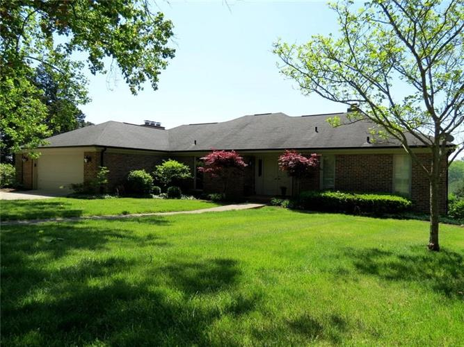 9793 West Ridgeway Court, Columbus, IN 47201