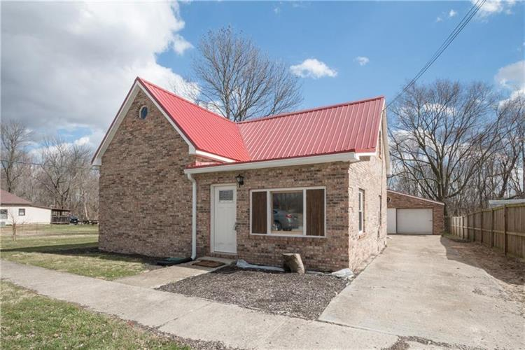 509 North Indiana, Roachdale, IN 46172