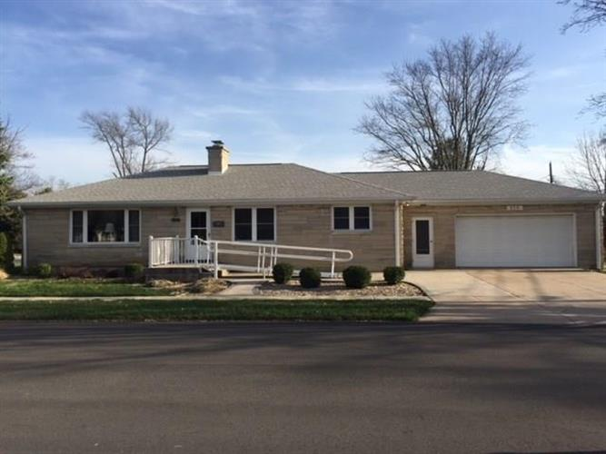 215 Tiger Way, Lebanon, IN 46052