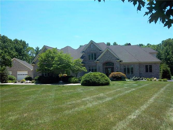 639 East State Road 42, Mooresville, IN 46158