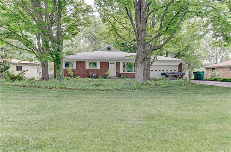 8075 Charlecot, Indianapolis, IN 46268