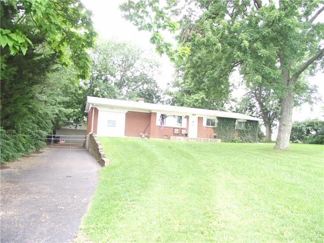 614 North Front, Whiteland, IN 46184 - Image 1