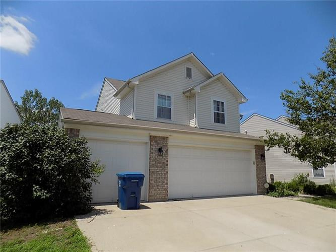 7060 HARNESS LAKES, Indianapolis, IN 46217