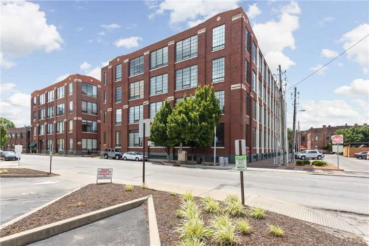 624 E Walnut Street, Indianapolis, IN 46204 - Image 1