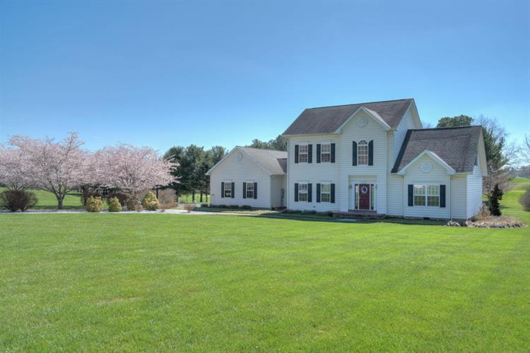 2742 Fairway DR, Draper, VA 24324