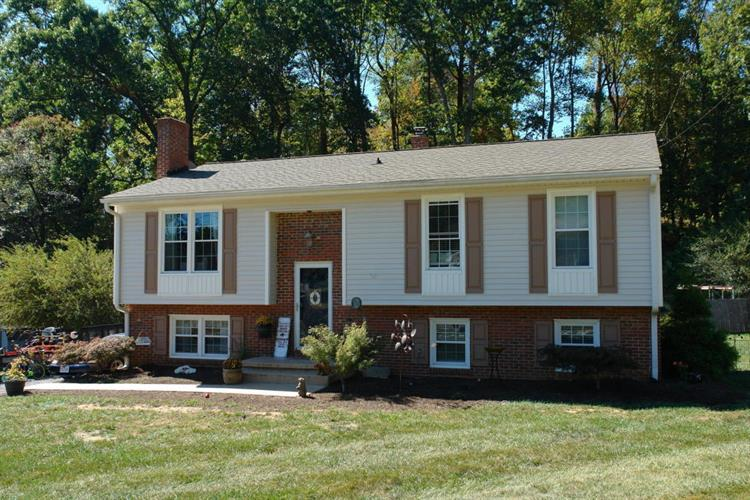 193 Fairfield LN, Troutville, VA 24175