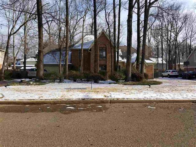 2950 TAMERLANE, Germantown, TN 38138