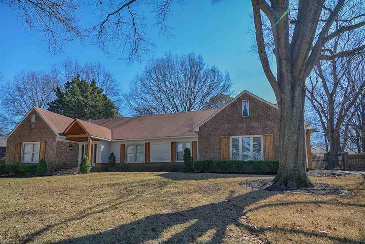 1490 PINE SHADOWS, Memphis, TN 38120