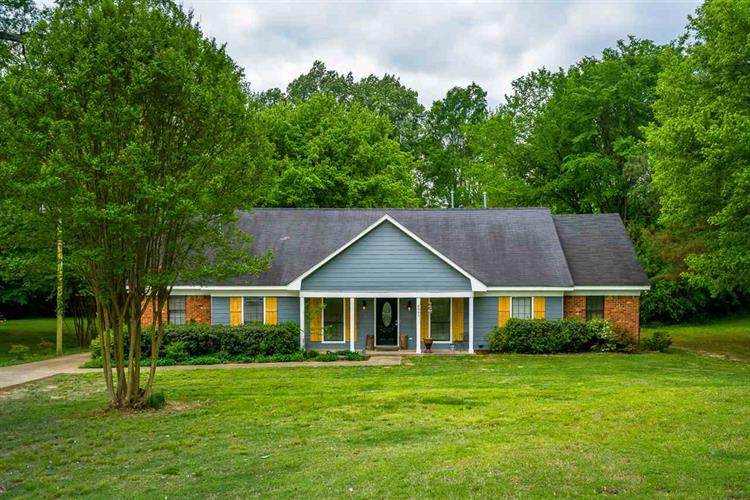 4961 E SHADOWLAWN, Bartlett, TN 38002