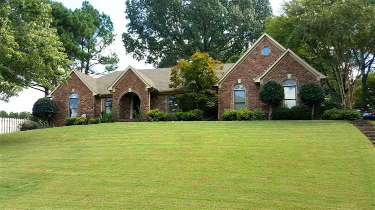 2664 MISTY WOODS, Cordova, TN 38016
