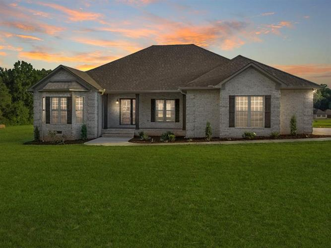 165 FULLEN, Savannah, TN 38372 - Image 1