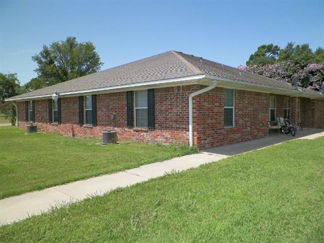 403 N 5th, Wills Point, TX 75169
