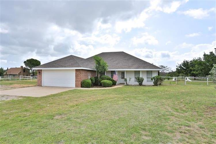453 County Road 336, Tuscola, TX 79562
