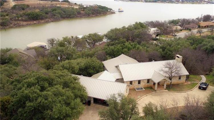 9032 Mesa View Rd, Brownwood, TX 76801