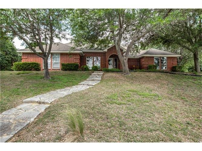 813 Squaw Creek Road, Willow Park, TX 76087