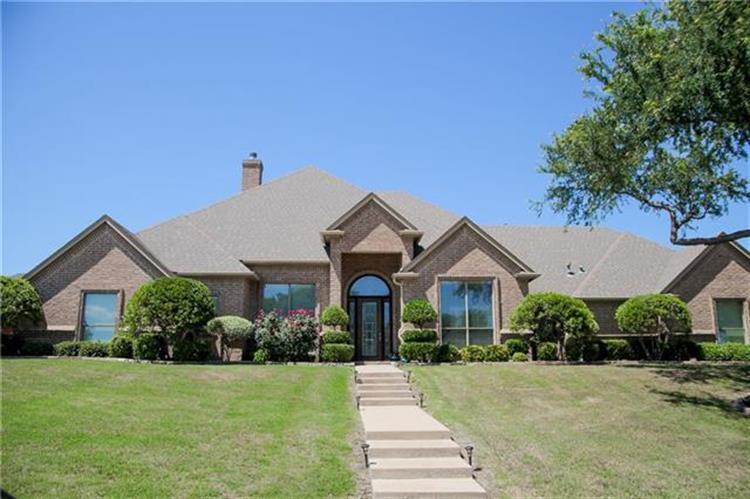 8409 Waterfront Court, Fort Worth, TX 76179